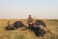 buffalo-hunting-ekuja-hunting-safaris-6