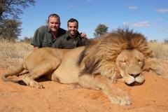 lion-hunting-ekuja-hunting-safaris-3