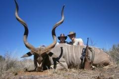 planes-hunting-namibia-by-ekuja-hunting-safaris-320